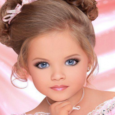 Toddlers and Tiaras: A Discrete Form of Child Abuse... Help Ban The Show Now!