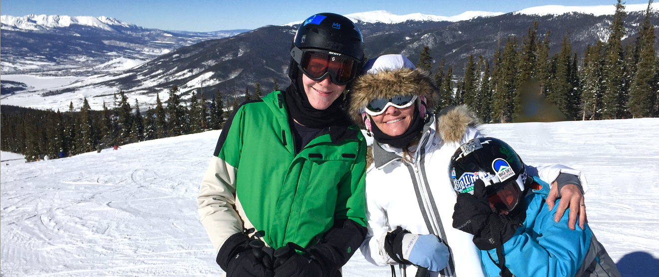 Cozy in Keystone: A Colorado Family Favorite & Kids Ski Free at, Even During the Holidays!