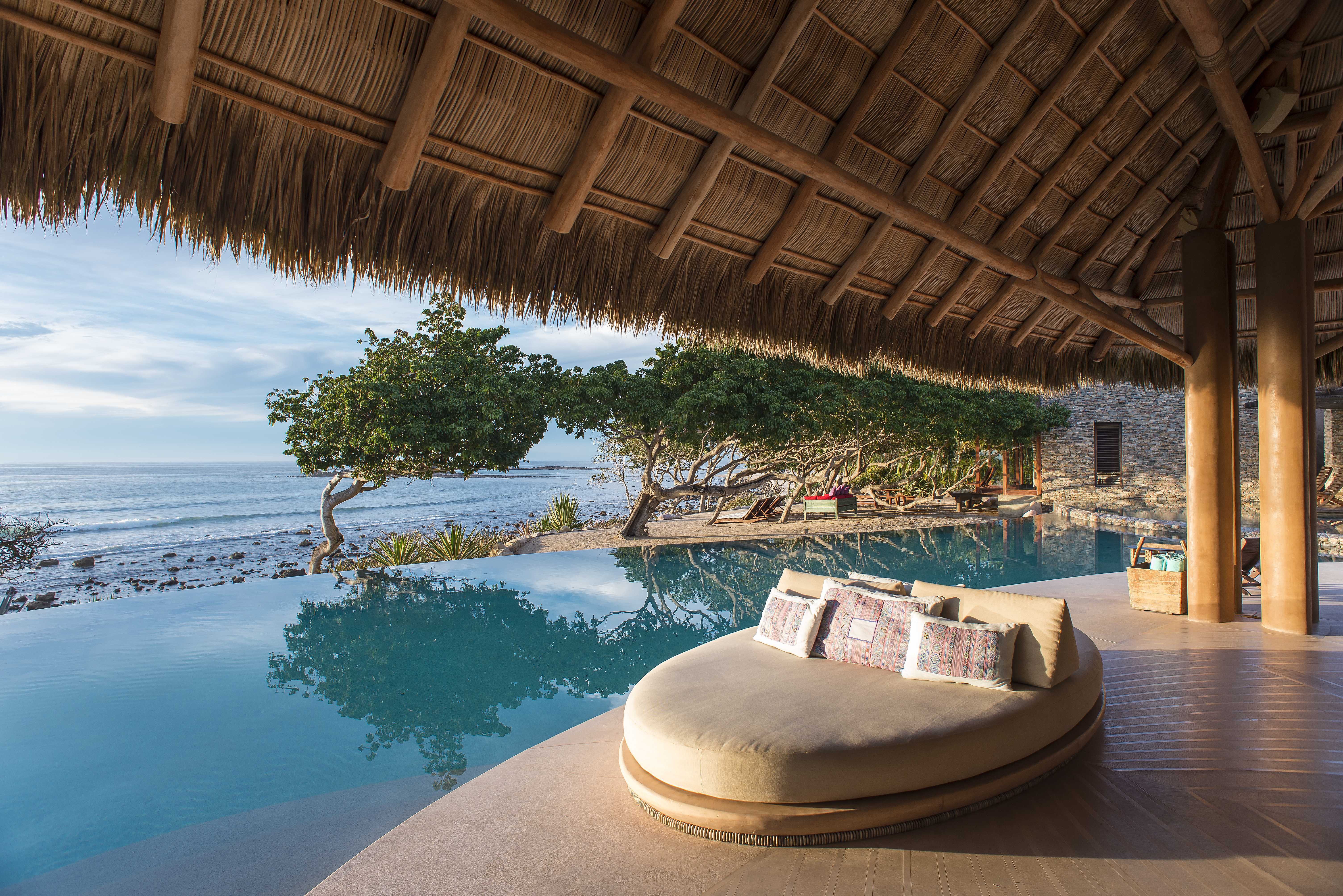 Pool_palapa_view1